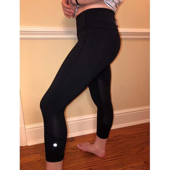 Lululemon Athletica Pants Jumpsuits Lululemon Black Cropped Leggings Womens 6 Poshmark